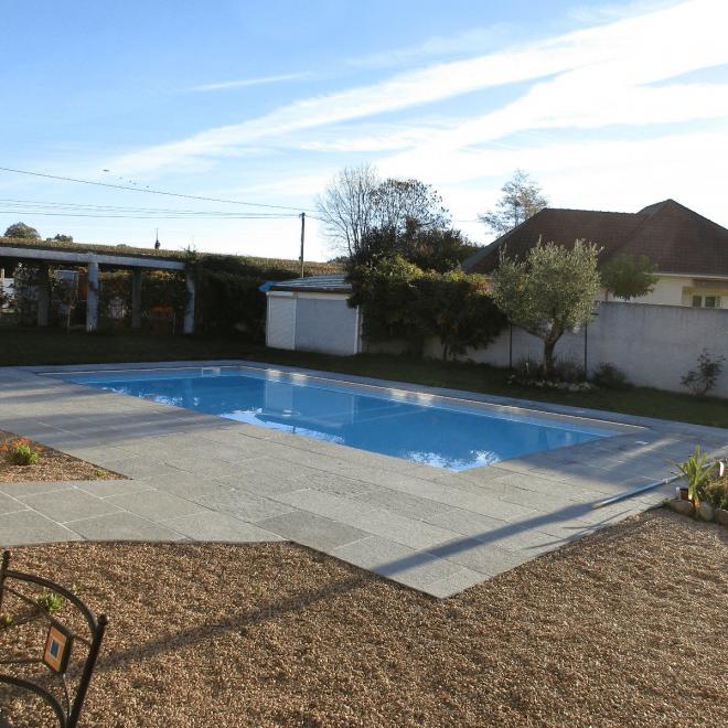 couleur blanc ligne d'eau grise (piscine d'expo maison )-min