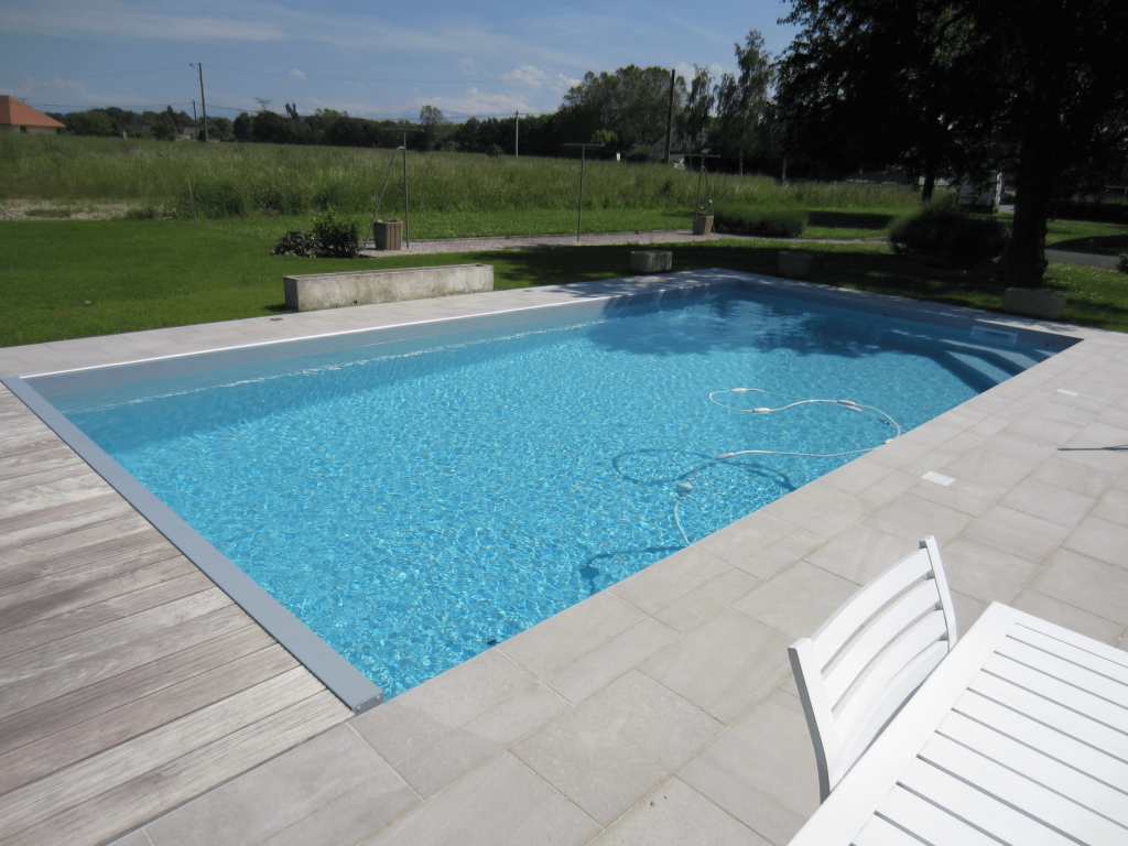 Liner couleur gris clair piscines tradition for Liner gris pour piscine