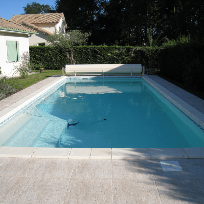 Liner couleur sable piscines tradition for Constructeur piscine pau