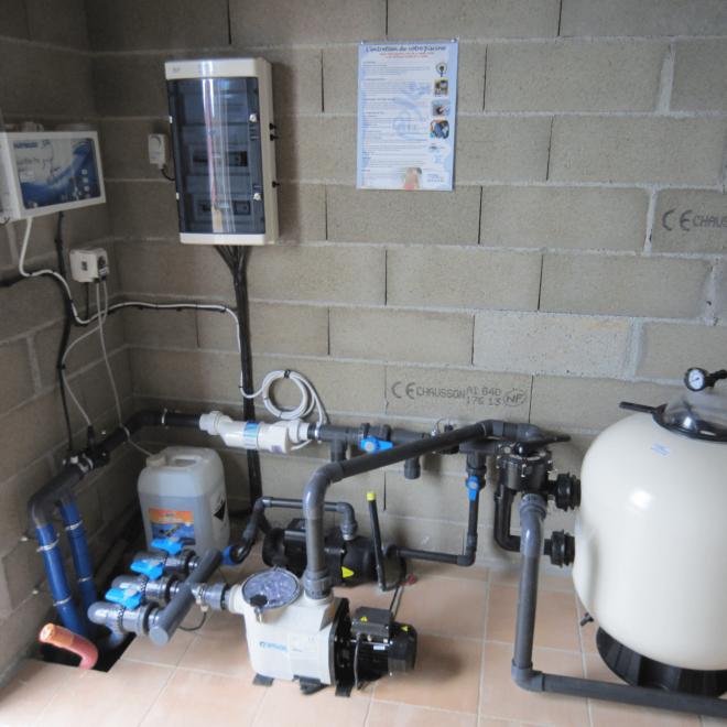 filtration et traitement au sel et ph automatique-min